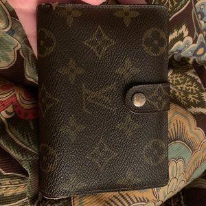 Vintage Louis Vuitton Kisslock Wallet
